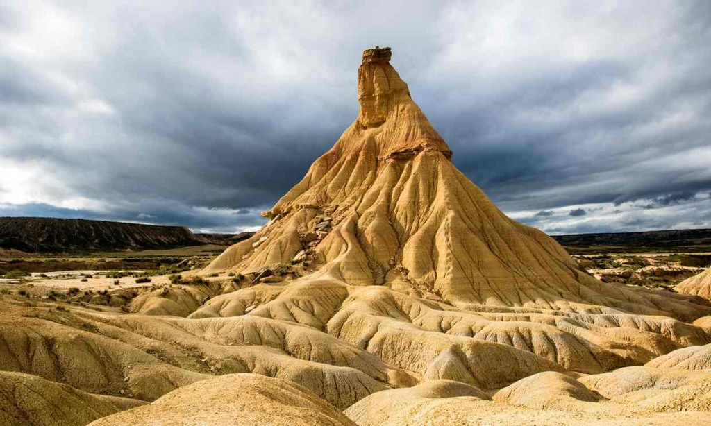 Cabezos (rock formation) in the Bardenas Reales natural park. Photograph - Alamy